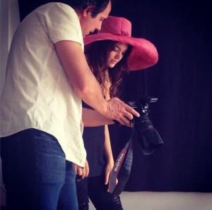 Constanza Piccoli y Juanma Guzmán en sesión de fotos
